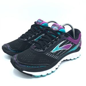 Brooks Ghost 9 Woman's Running Shoe Size 9.5